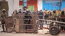 Kämpfe an Ebola-Quarantänezone: Soldaten treiben Isolierte zurück