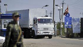 Ohne Erlaubnis der Ukraine: Russland schickt Hilfskonvoi eigenmächtig über Grenze