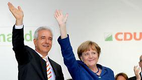 Sind sich in vielem ähnlich: Sachsen Ministerpräsident Stanislaw Tillich und Bundeskanzlerin Angela Merkel.