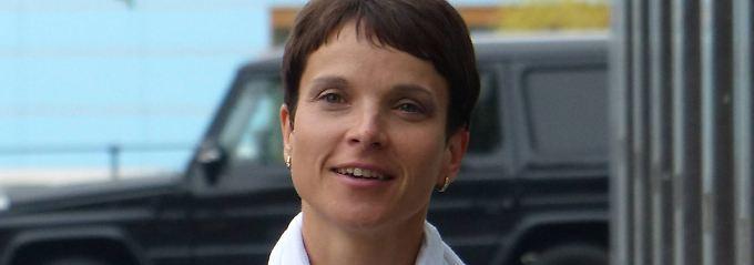 Frauke Petry will das deutsche Liedgut pflegen.