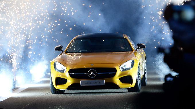 """Mit dem """"Ich bin böse""""-Blick: Mercedes AMG GT probt den imposanten Auftritt"""