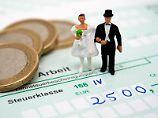 Ehegatten haben noch bis zum 30. November Zeit, andere Steuerklassen zu beantragen.