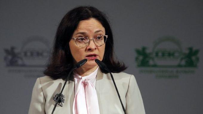 Notenbank-Cefin Elvira Nabiullina warnt: Die Sanktionen bedrohen das Wachstum dauerhaft.