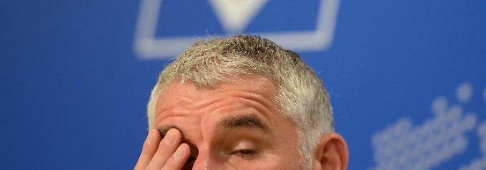 Dann doch nicht gegen den FC Bayern auf der Bank: Mirko Slomka.