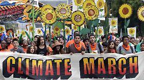 Klima-Demos rund um die Welt: Umweltschützer fordern Taten statt Worte