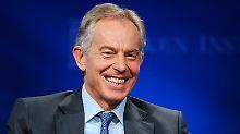 """Gay Times"" würdigt Ex-Premier: Tony Blair ist jetzt Schwulen-Ikone"