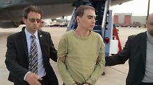 Magnotta bei seiner Auslieferung nach Kanada.