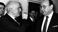 Ihre sichere Ausreise erwirkte Hans-Dietrich Genscher im Gespräch mit dem sowjetischen Außenminister Eduard Schewardnadse (links im Bild).