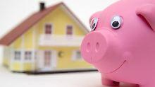 Das Darlehen fürs Eigenheim muss nicht zwingend bei einem Finanzierer aufgenommen werden.