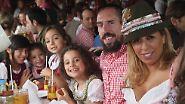 Kein Limit beim Bierkonsum: So feiert der FC Bayern auf dem Oktoberfest