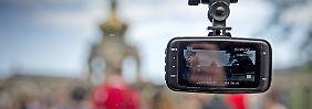Dashcam-Videos für die Polizei: Autofahrern droht Bußgeld