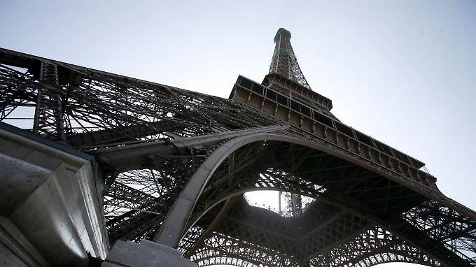 Insider: Die EU-Kommission werde  das Defizitverfahren gegen Frankreich verschärfen, der Regierung zugleich aber wie gefordert zwei weitere Jahre Zeit geben.