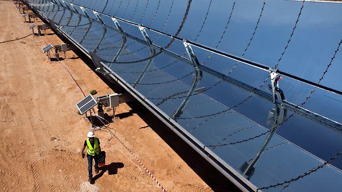 Große Solaranlagen (hier in Israel) sollten bis zu 15 Prozent des europäischen Strombedarfs decken.