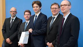 Herbstgutachten vorgelegt: Wirtschaftswachstum in Deutschland bricht ein