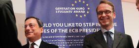 EZB-Präsident Draghi (links) und Bundesbank-Chef Weidmann vermieden es in Washington, direkt miteinander zu sprechen.