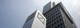Umbau des Vorstands bestätigt: Strafen bescheren Deutscher Bank Verluste