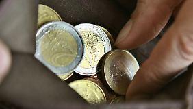 Sparen ist angesagt: Deutsche halten ihr Geld zusammen