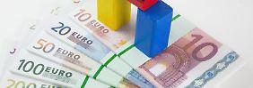 KfW, Bafa und Co.: Wofür es bei Immobilien Geld vom Staat gibt