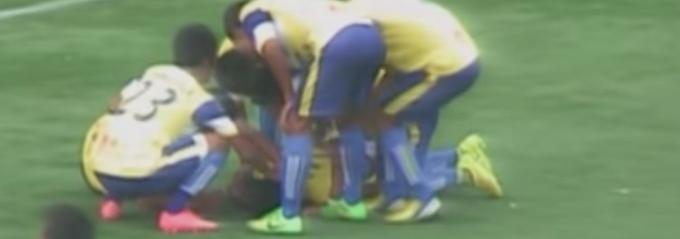 Genickbruch nach Jubelsprung: Fußballer stirbt nach doppeltem Salto