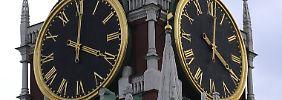 Die Uhr des Kreml-Glockenturm muss fortan nicht mehr vor- und zurückgestellt werden.