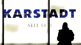 Mit harter Hand raus der Krise: Neuer Karstadt-Chef streicht Filialen und Stellen