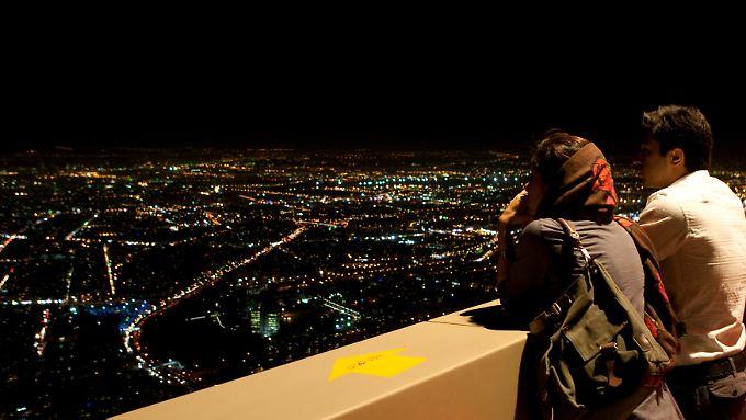 Die Skyline von Teheran. Das Land habe enormen Nachholbedarf, sagt Außenhandels-Experte Jens Nagel.
