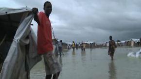 Zwischen den Fronten im Elend: Tausende Flüchtlinge im Südsudan eingekesselt