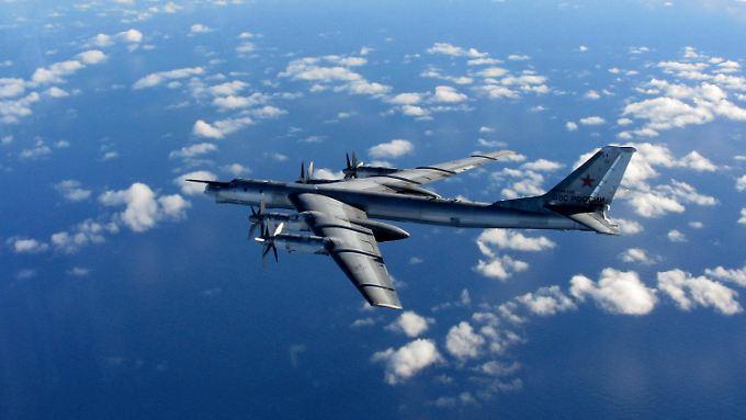 Russland lässt seine Bomber noch weiter fliegen.