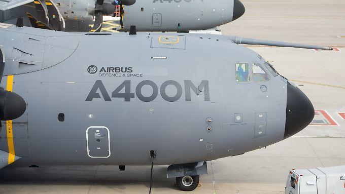 Airbus warnt davor, dass die Kosten für das A400M-Programm die Ergebnisse beeinträchtigen könnten.