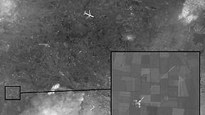 Neue Aufnahmen von MH17-Absturz: Russland und Ukraine schieben sich Schuld zu