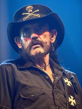 Lemmy Kilmister wurde an Heiligabend 1945 geboren. 1975 war er als Gitarrist und Sänger Mitbegründer von Motörhead - und ist als einziges Urmitglied noch an Bord.