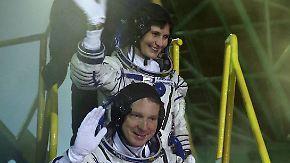 Gaumenfreuden im Gepäck: Erste italienische Astronautin erreicht ISS