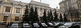 Verfall des Rubels: Russland stützt Firmen mit Devisen