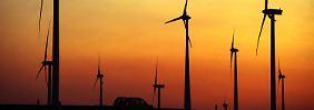 Schon mal ein Anfang: Windräder in Altentreptow.