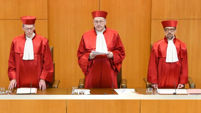 Urteil zur Erbschaftssteuer: Karlsruhe kippt Steuerprivilegien für Firmenerben