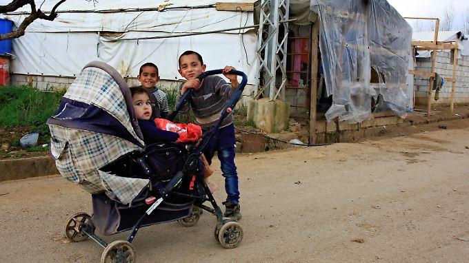 Das Leben für syrische Flüchtlinge im Libanon ist hart - doch sie sind froh, dass sie immerhin in Sicherheit sind.