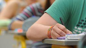 5,7 Prozent der Jugendlichen verlassen die Schule ohne Abschluss. Viele machen danach auch keine Ausbildung.
