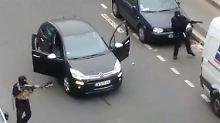 Szenen wie diese sollen sich nicht wiederholen: Am 7. Januar stürmten zwei Islamisten die Redaktion und töteten 12 Mitarbeiter. (Archiv)