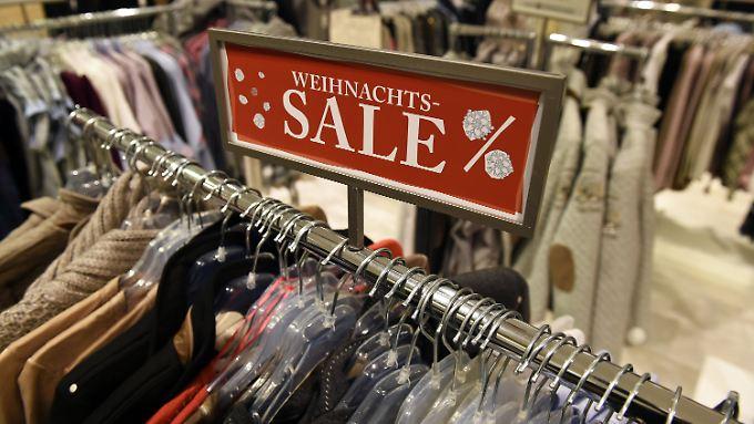 Sinkende Umsätze: Karstadt kündigt Mitarbeitern einschneidende Veränderungen an