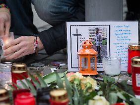 Die Solidaritätsbekundungen für Khaled in Dresden am Samstag waren groß.