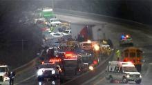 Massencrashs mit fünf Toten: Blitzeis sorgt für Chaos in den USA