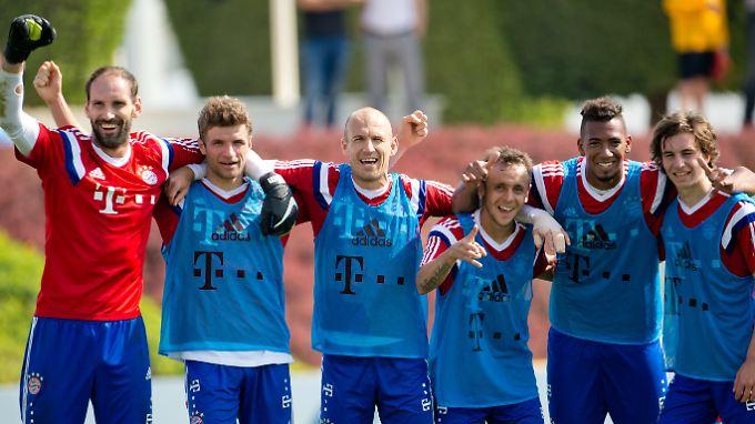 Alles super in Katar? Die Münchner Bayern in Doha.