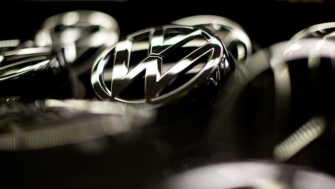 Leuchtet das VW-Logo bald noch heller? Der Konzern könnte bald zum weltgrößten Autobauer aufsteigen.