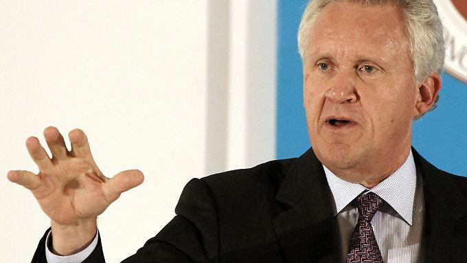 Der Vorstandsvorsitzende von General Electric, Jeff Immelt, ist mit den Zahlen aus dem letzten Quartal 2014 zufrieden.