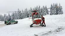 Nach starken Schneefällen: Lawine verschüttet Sportler am Feldberg