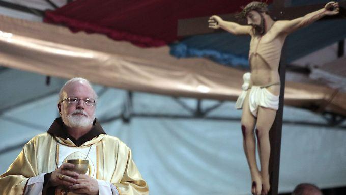 """""""Wir müssen mit dem Papst reden."""" US-Kardinal Sean O'Malley möchte, dass Franziskus seine Klaps-Aussage noch einmal überdenkt."""