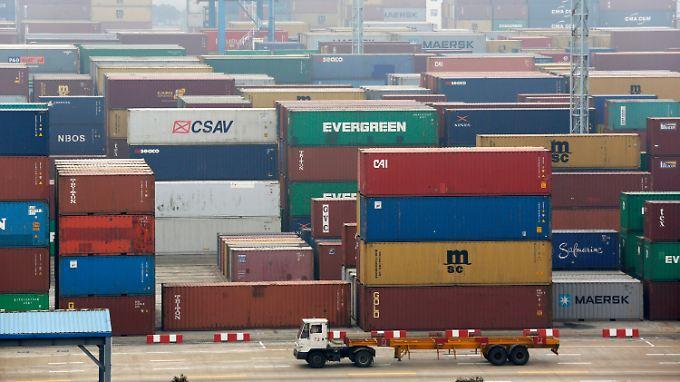 China hat im Januar fast ein Fünftel weniger importiert als im Vorjahresmonat.