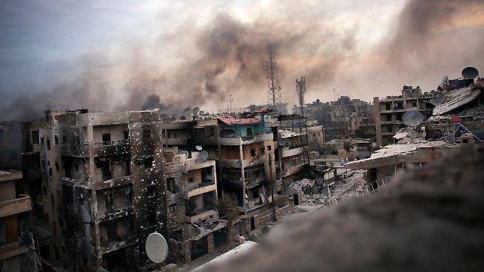 Aleppo ist über 4000 Jahre alt und beherbergt zahlreiche Kulturgüter. Nach über zwei Jahren Bürgerkrieg ist die zweitgrößte syrische Stadt weitgehend zerstört.