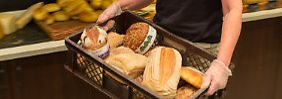 Die Verschwendung von Brot steht ganz oben auf der Liste der Verfehlungen.