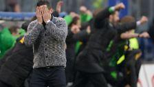 Bilder sagen mehr als Worte. Hier im Bild: HSV-Coach Joe Zinnbauer nach dem Ausgleich der Gladbacher Borussen in der 90. Minute.